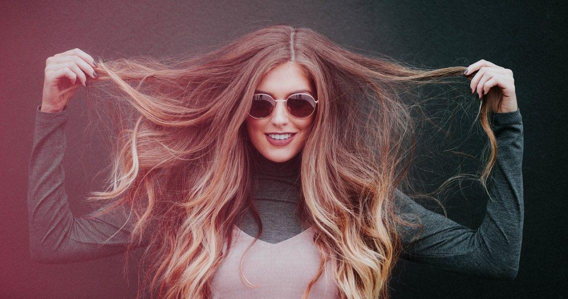 Quels soins pour des cheveux secs et abîmés?